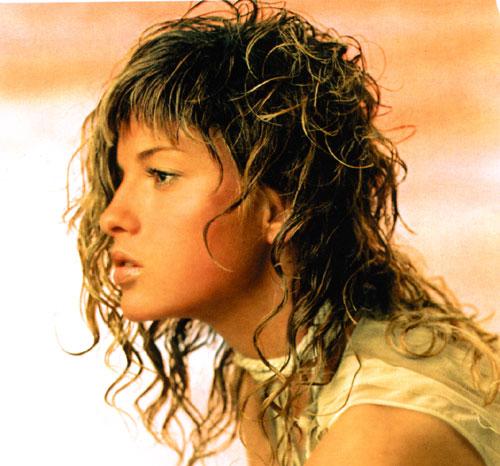 Выбирая стрижку, важно учитывать ваш индивидуальный тип кудрей.  Стрижки на длинные волнистые волосы.