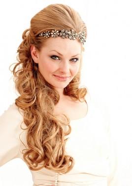 Прическа для длинных волос от Balmain