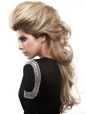 Прическа на длинные волосы от Hairaisers
