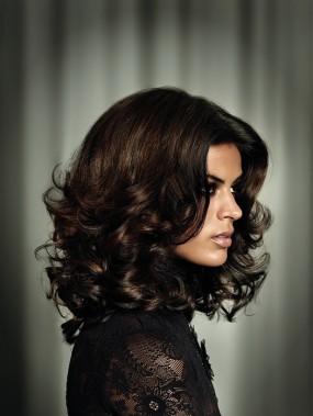 Прическа на длинные волосы от Great Lengths